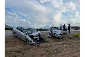 Kahramanmaraş'ta iki otomobil kafa kafaya çarpıştı: 5 yaralı
