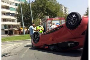 Kahramanmaraş'ta otomobil ters döndü: 3 yaralı