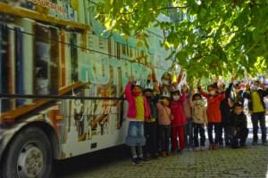 Gezici Kütüphane Sarıgüzel'de Çocuklarla Buluştu